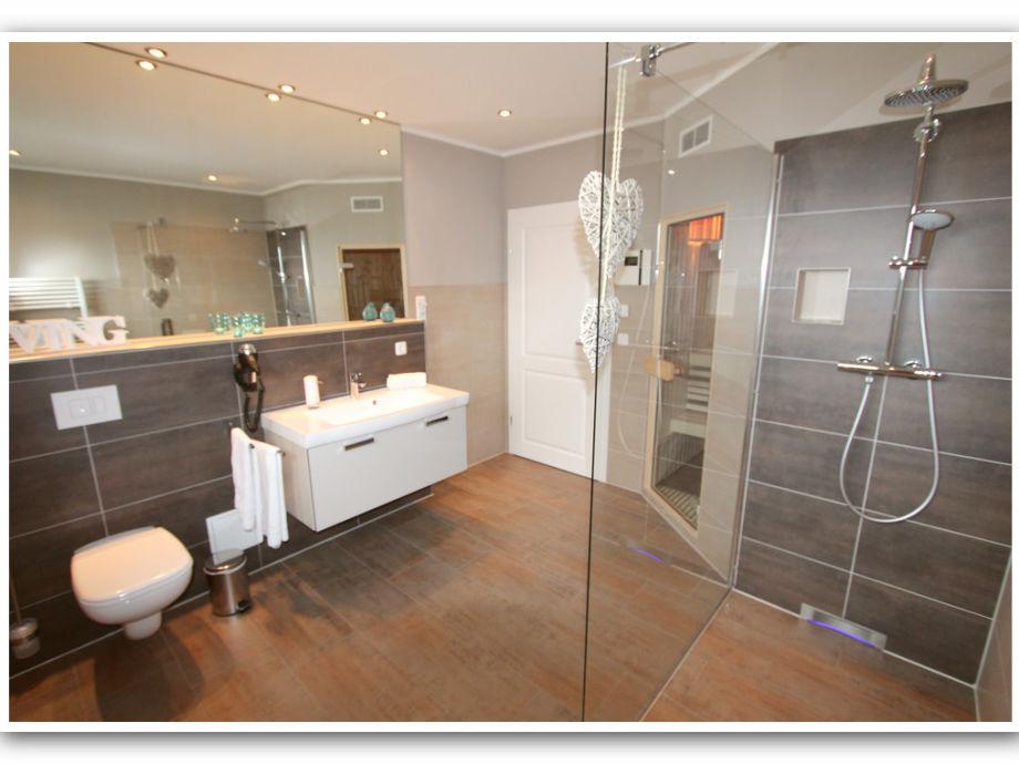 villa grande we 4 luxus og ferienwohnung fleesensee meckenburgische seenplatte firma gsa. Black Bedroom Furniture Sets. Home Design Ideas