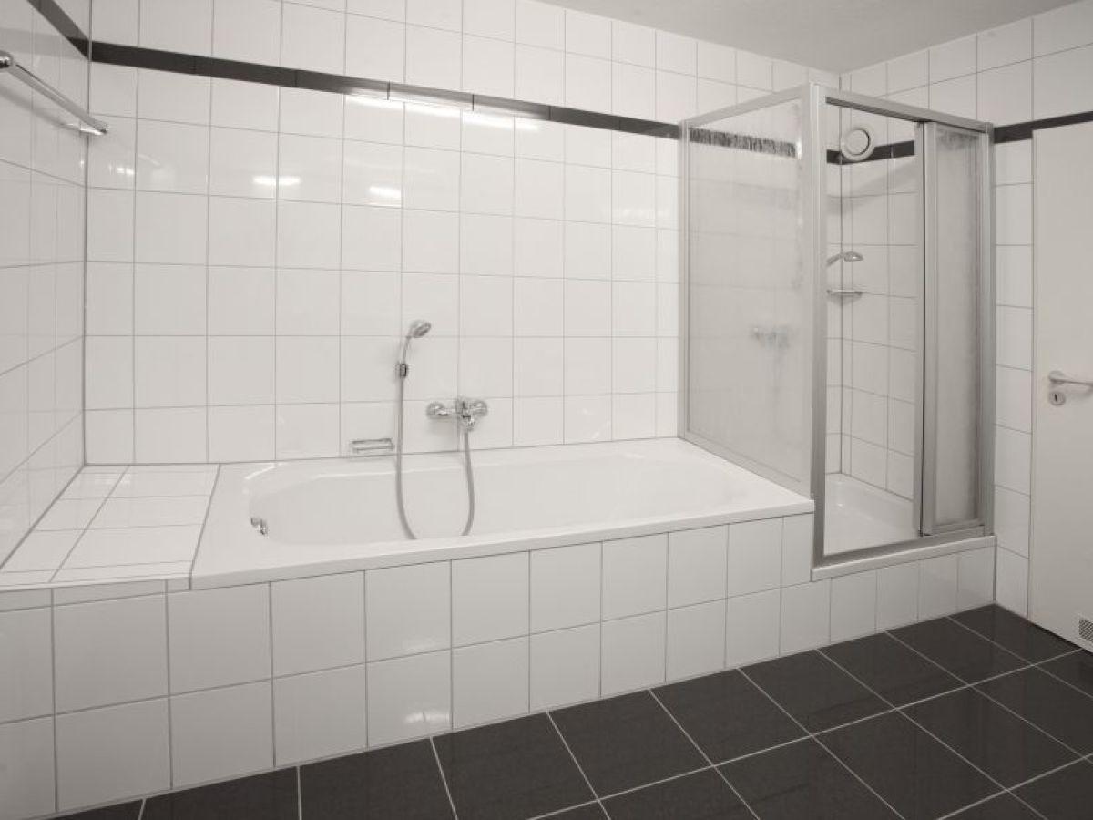 ferienwohnung tannenweg 1 schwarzwald firma komfortferienwohnung tannenweg frau sieglinde. Black Bedroom Furniture Sets. Home Design Ideas