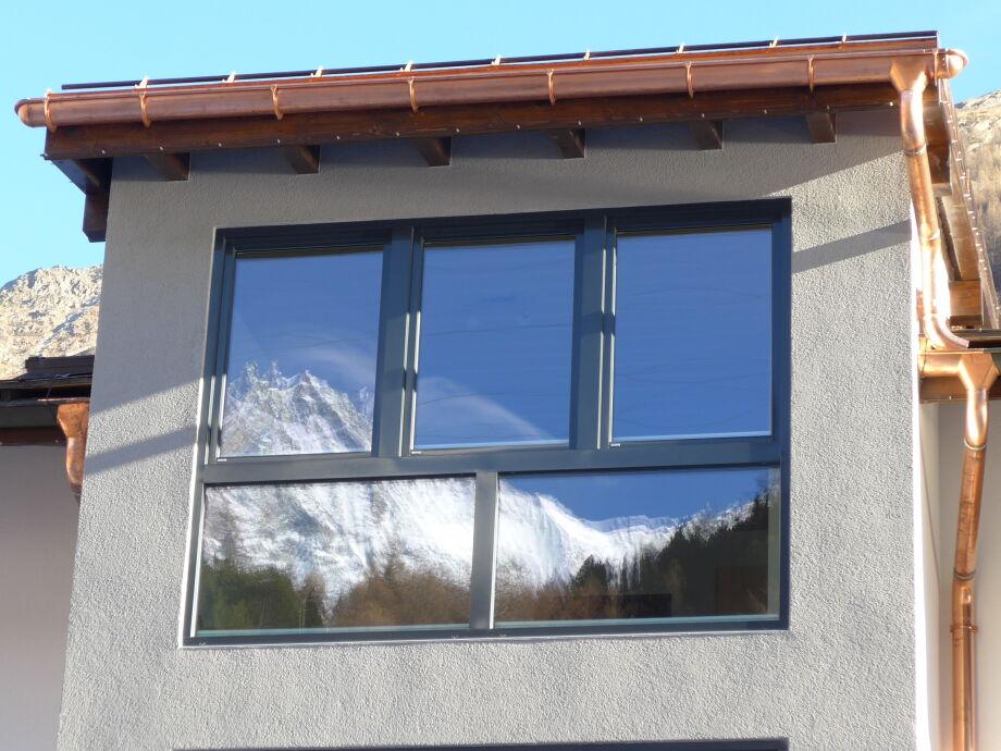 Haus Amici, Westseite, Ihre Aussicht im Fenster gesehen