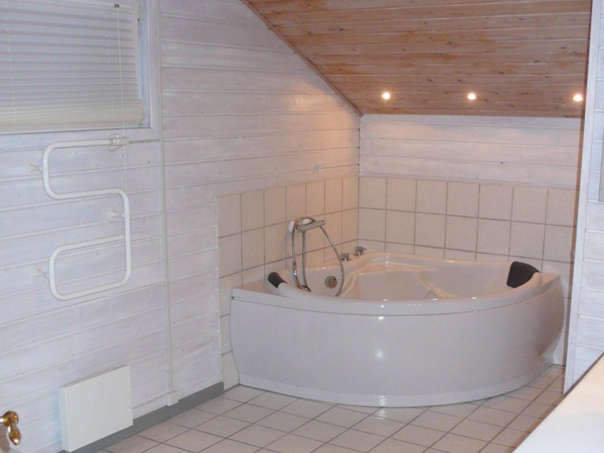 Ferienhaus klitmoeller nordsee in ruhiger lage klitm ller herr anders mikkelsen - Sauna whirlpool ...