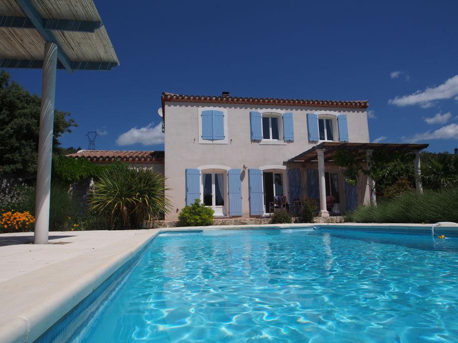 Haus, Pool, Terrasse