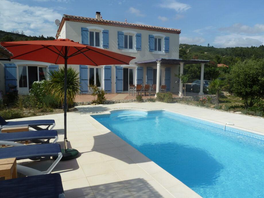 La Lucque mit Pool und Terrasse