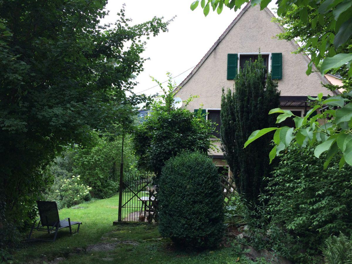 Ferienhaus walosax baden w rttemberg hohenloher land for Haus mit garten