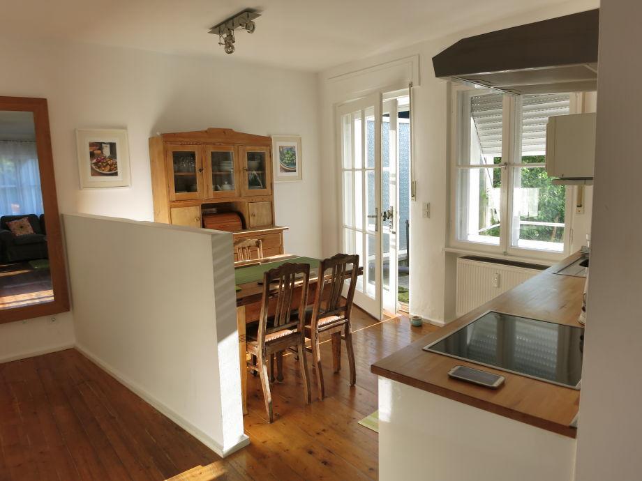 Wohnküche mit Terassentür