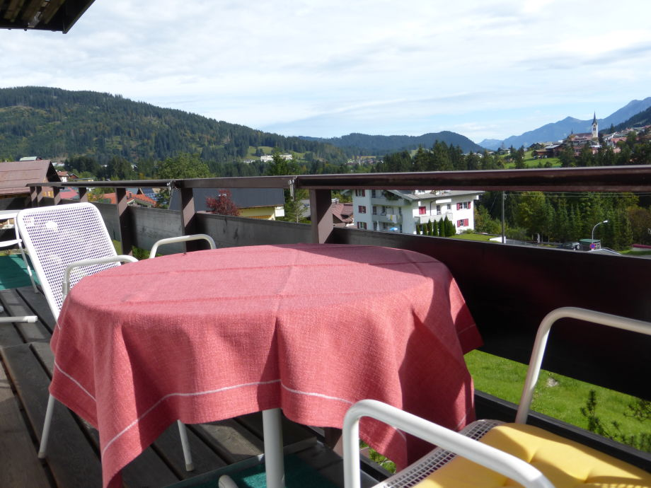 Balcony with a view to Riezlern
