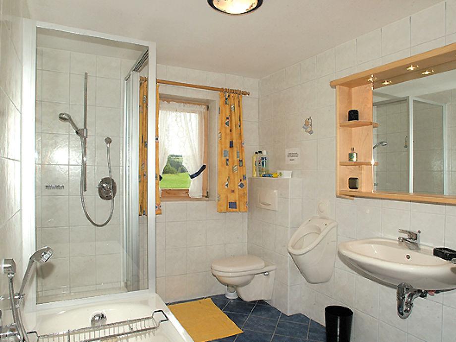ferienwohnung im ferienhaus gr ller bayerischer wald familie maria und willi gr ller. Black Bedroom Furniture Sets. Home Design Ideas