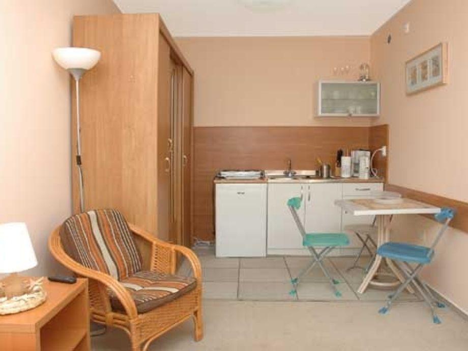 apartment klonowa kolobrzeg kolberg hinterpommern. Black Bedroom Furniture Sets. Home Design Ideas
