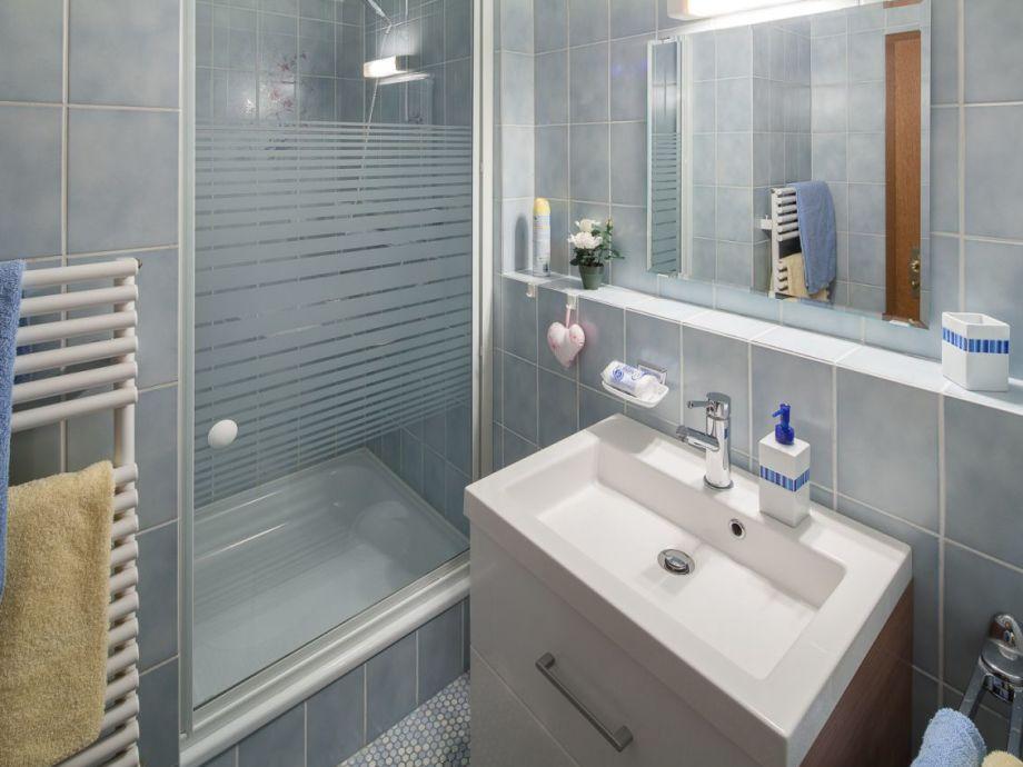 Badezimmer Flieder. Cheap Unthinkable Wohnzimmer Farben Flieder With ...