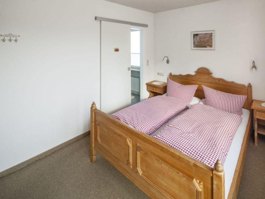 Schlafzimmer In Flieder | Ferienwohnung Flieder Ofterschwang Firma Gastehaus Alpenflora