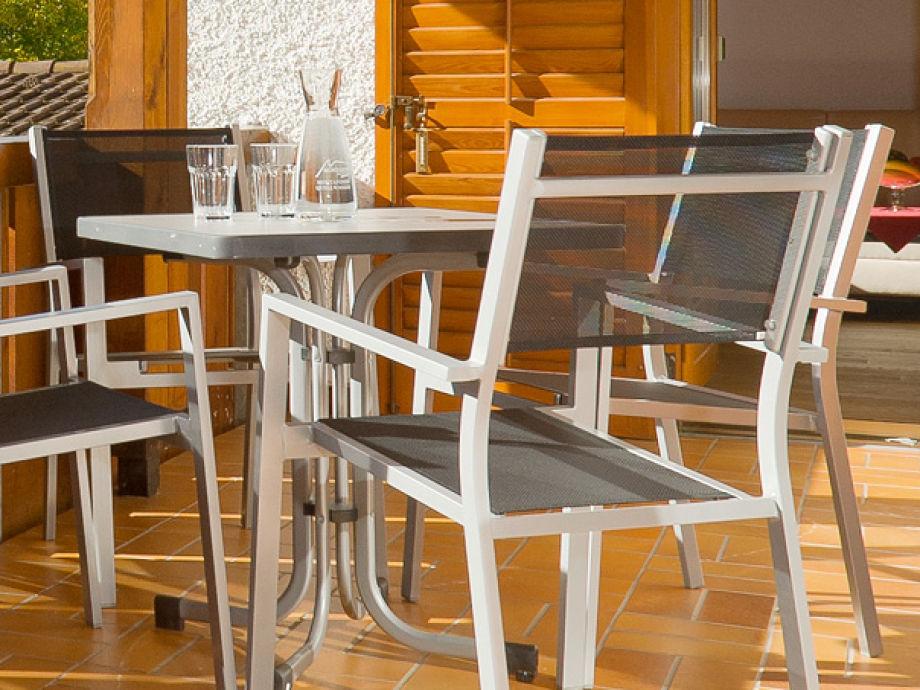 ferienwohnung im landhaus schneider montafon firma landhaus schneider frau nadja bitschnau. Black Bedroom Furniture Sets. Home Design Ideas