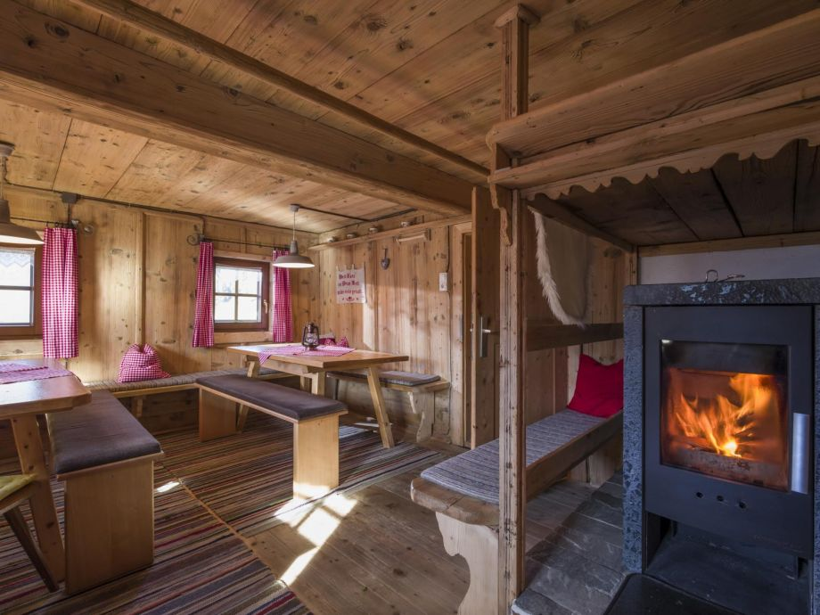 schöne original alte Tiroler Bauernstube