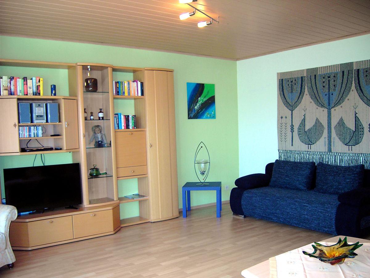 ferienwohnung buchenweg saar hunsr ck bei trier frau. Black Bedroom Furniture Sets. Home Design Ideas