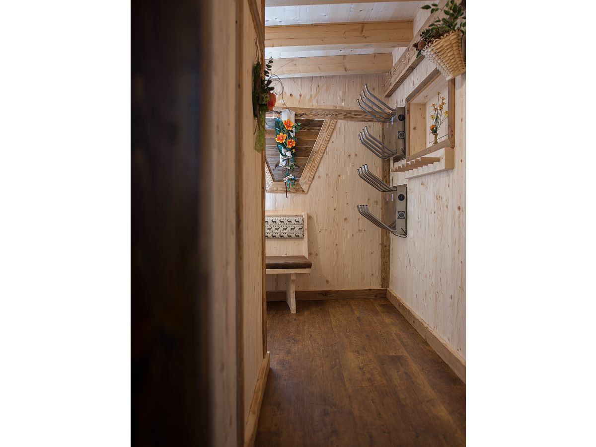 ferienwohnung haus alexander tztal herr siegfried blasnig. Black Bedroom Furniture Sets. Home Design Ideas