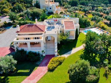 Villa Deleni