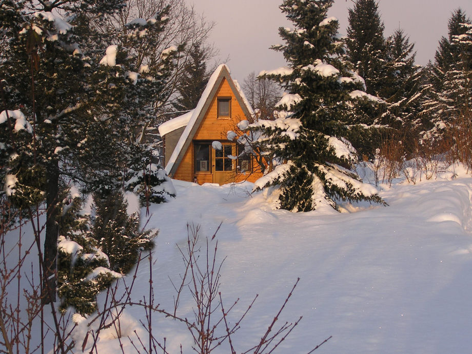 Haus Seeblick im Schnee