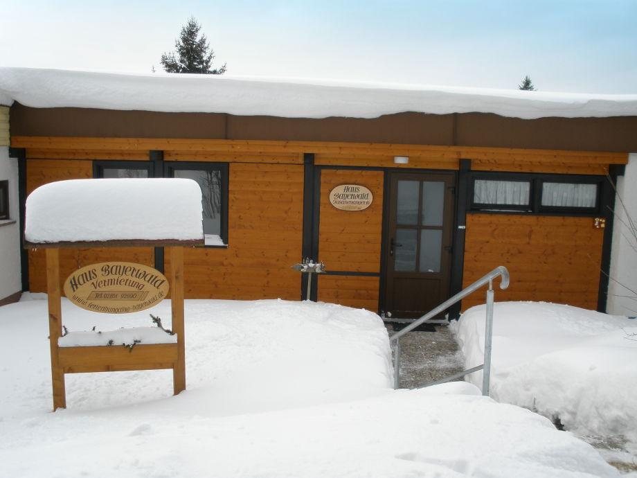 Winterliches Haus Bayerwald