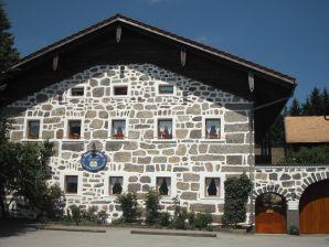 Ferienwohnung Pferdehof - Haug