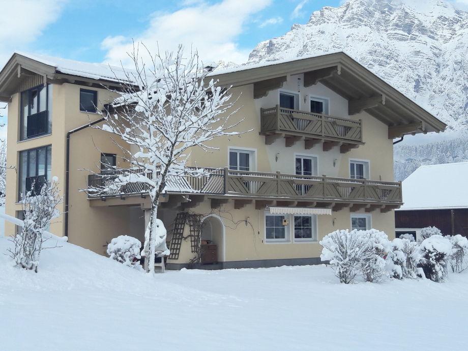 Apartmenthaus Millauer im Winter