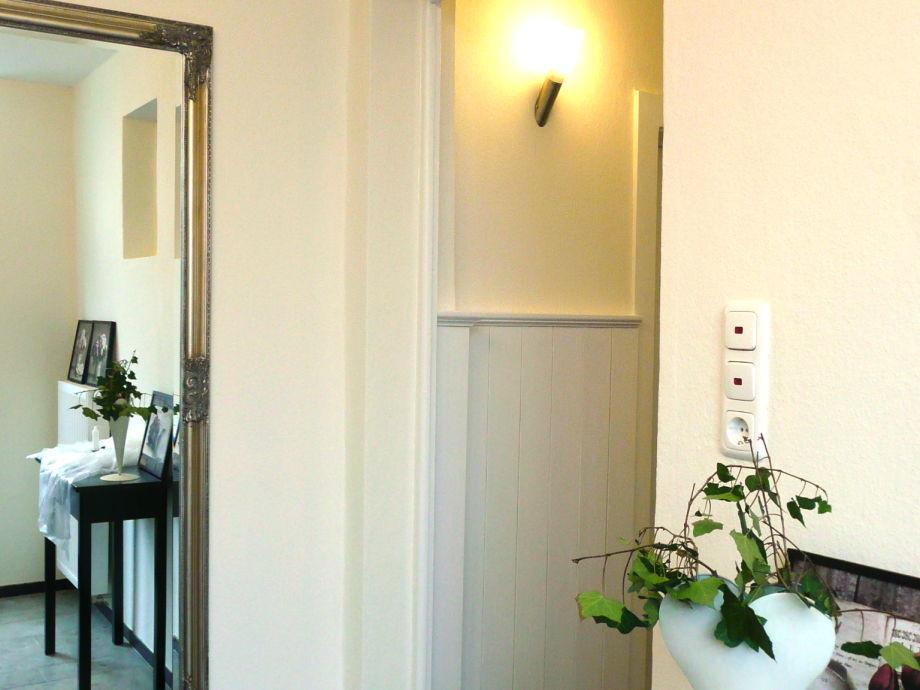Hallway - entryway