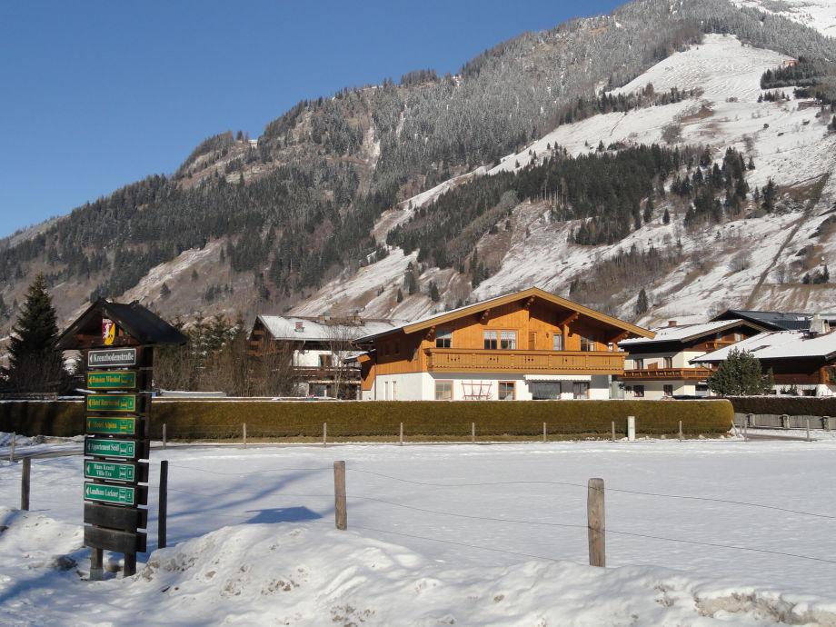 Winter - Südansicht Haus