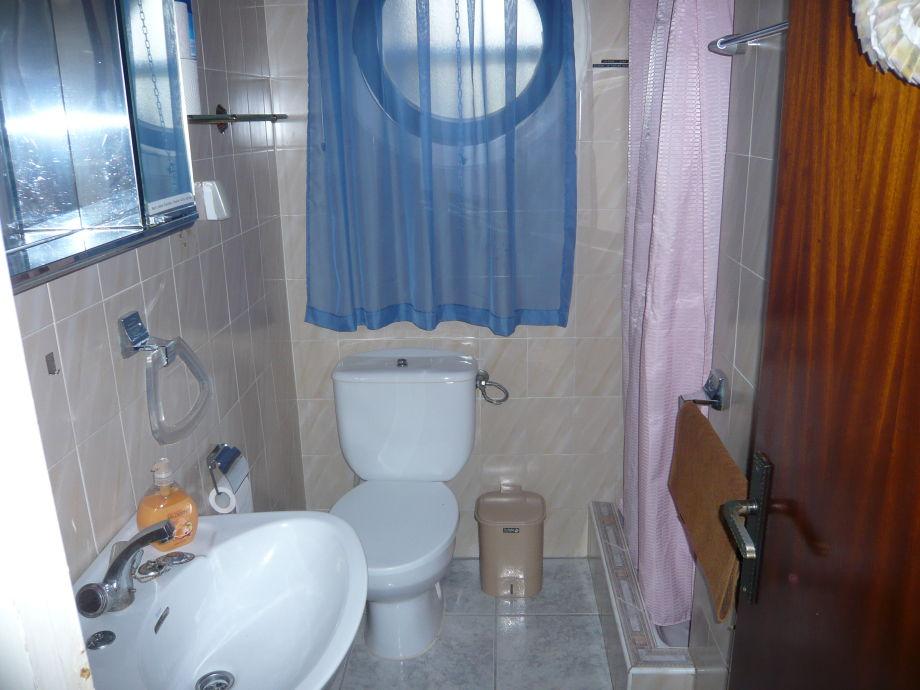 bodenebene dusche undicht die neueste innovation der innenarchitektur und m bel. Black Bedroom Furniture Sets. Home Design Ideas