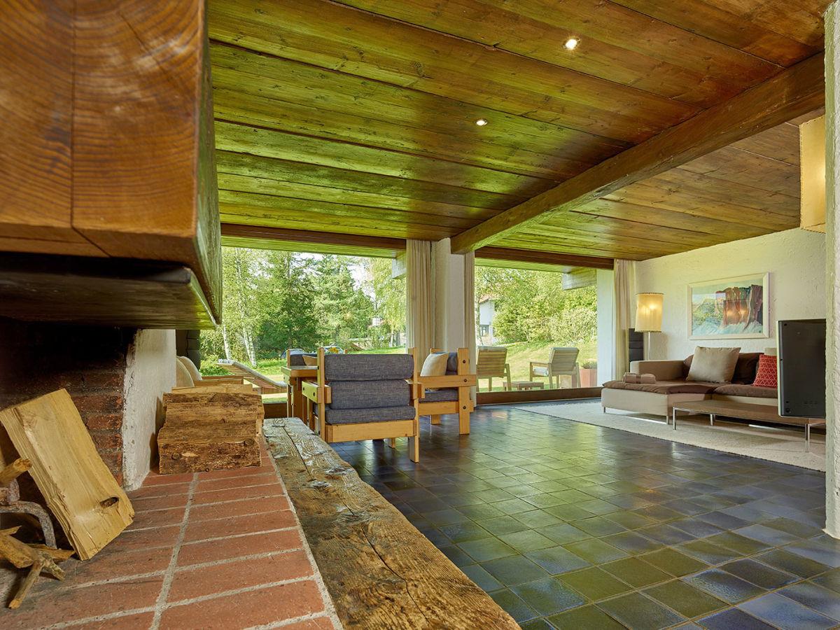 suche bar fur wohnzimmer die neuesten innenarchitekturideen. Black Bedroom Furniture Sets. Home Design Ideas