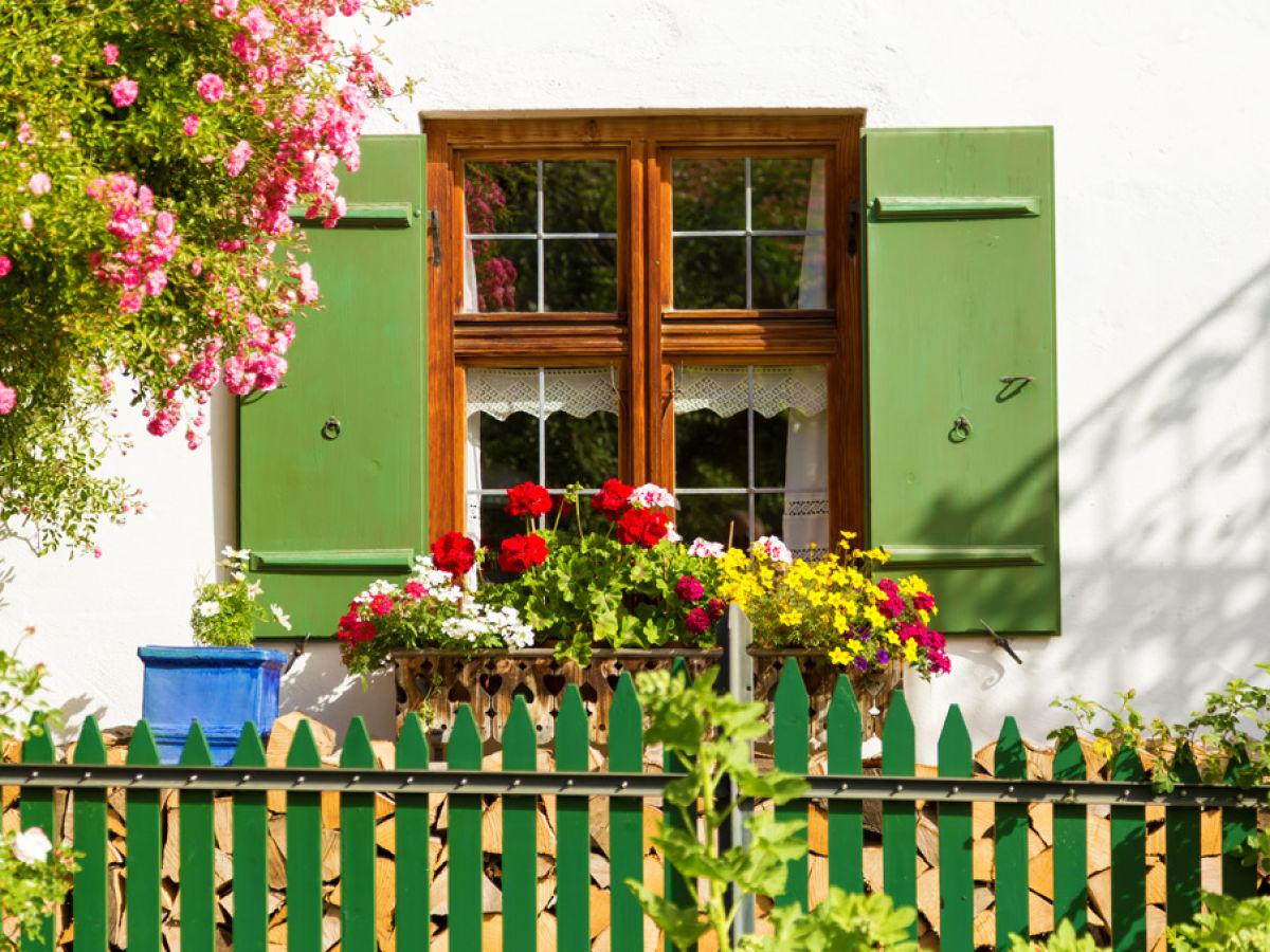 ferienwohnung gschwand oberbayern ammergauer alpen firma ferienwohnungen heidi und fabian. Black Bedroom Furniture Sets. Home Design Ideas