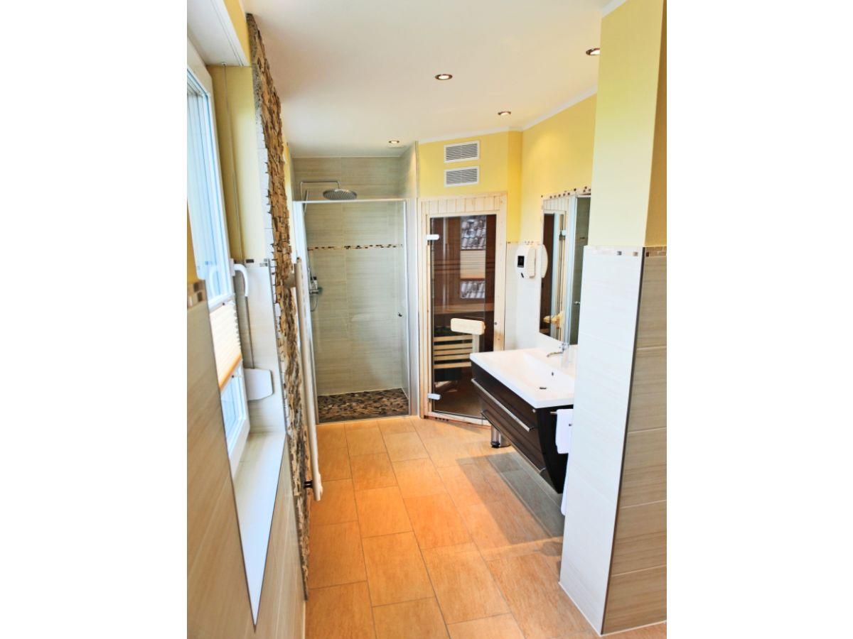 ferienhaus casa ambiente fleesensee waren m ritz herr detlev palikowski. Black Bedroom Furniture Sets. Home Design Ideas