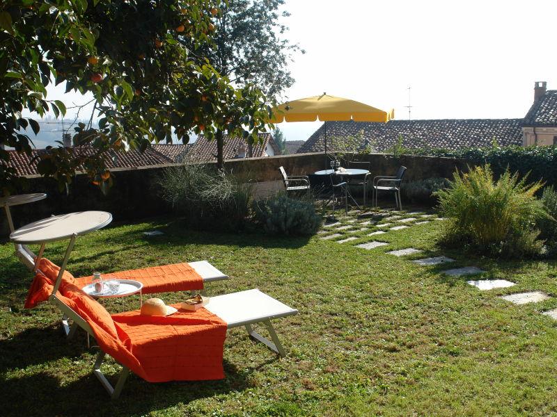 Ferienwohnung mit Gartenterrasse und Rundblick