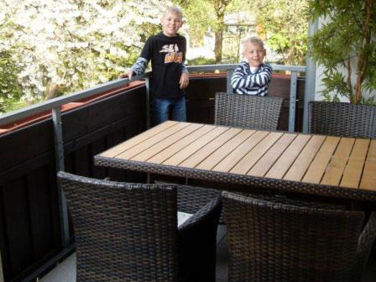 Ferienwohnung kurparkblick braunlage im harz herr for Markise balkon mit tapeten von hammer