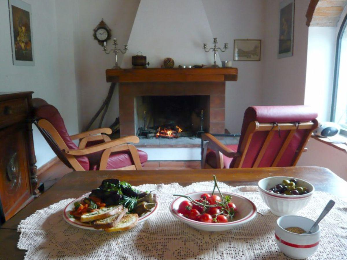 bauernhof fattoria il poeta toskana frau antonella conti. Black Bedroom Furniture Sets. Home Design Ideas