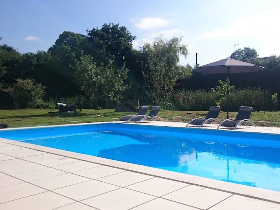 Gemeinschaftlicher beheizter Pool (10m x 5m)