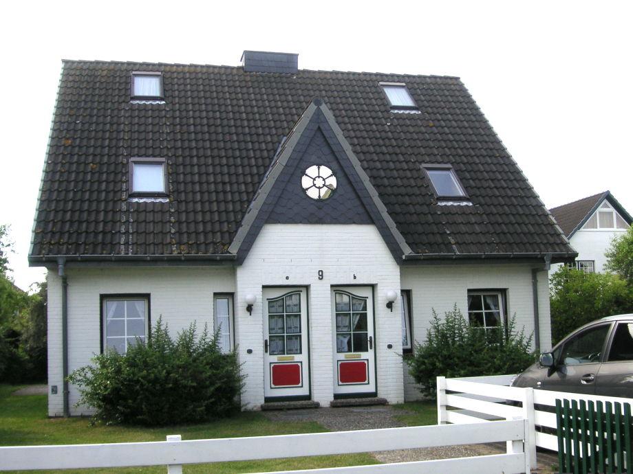 Vorderansicht - links Haus 9a - rechts Haus 9b