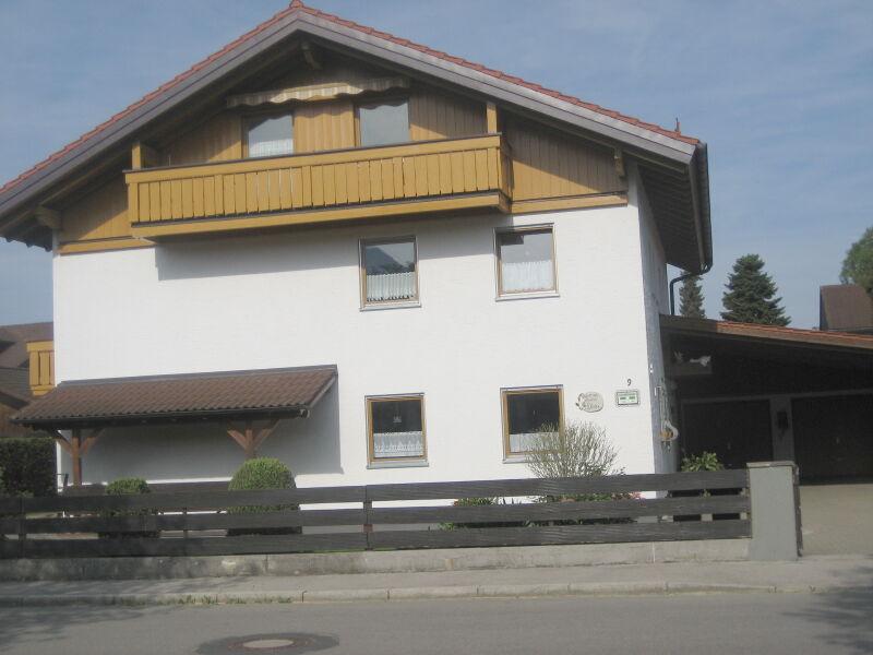 Ferienwohnung Schloss und Bergblick