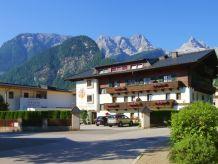 Ferienwohnung Apartment Pension Auer mit Hallenbad