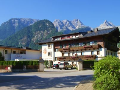 Apartment Pension Auer mit Hallenbad