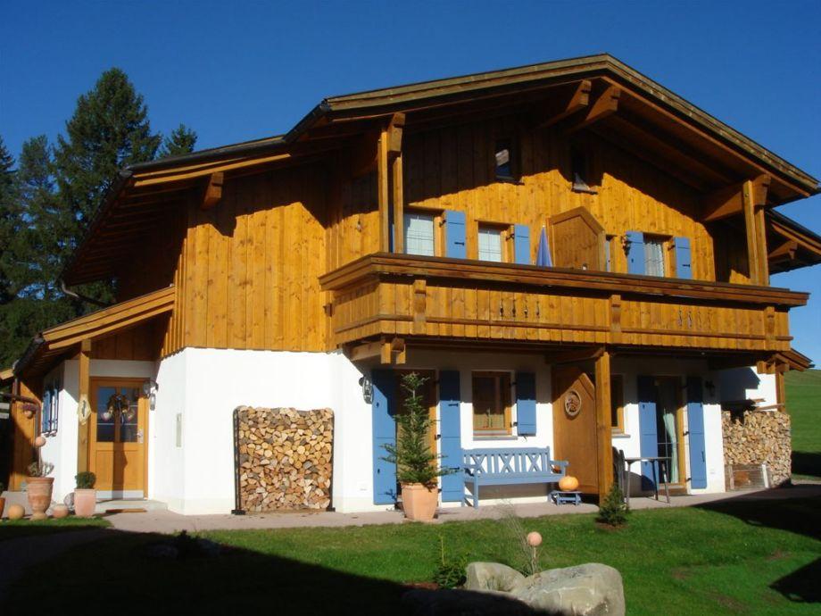 Vorderansicht, Alpen- und Seeblick