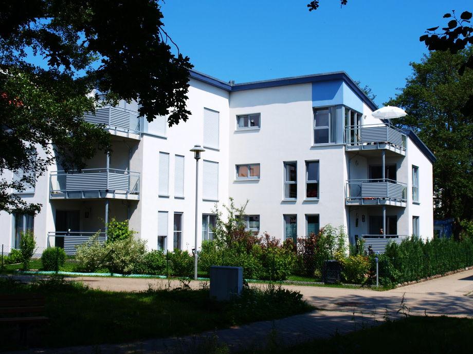 Appartement mit Sonnenschirm