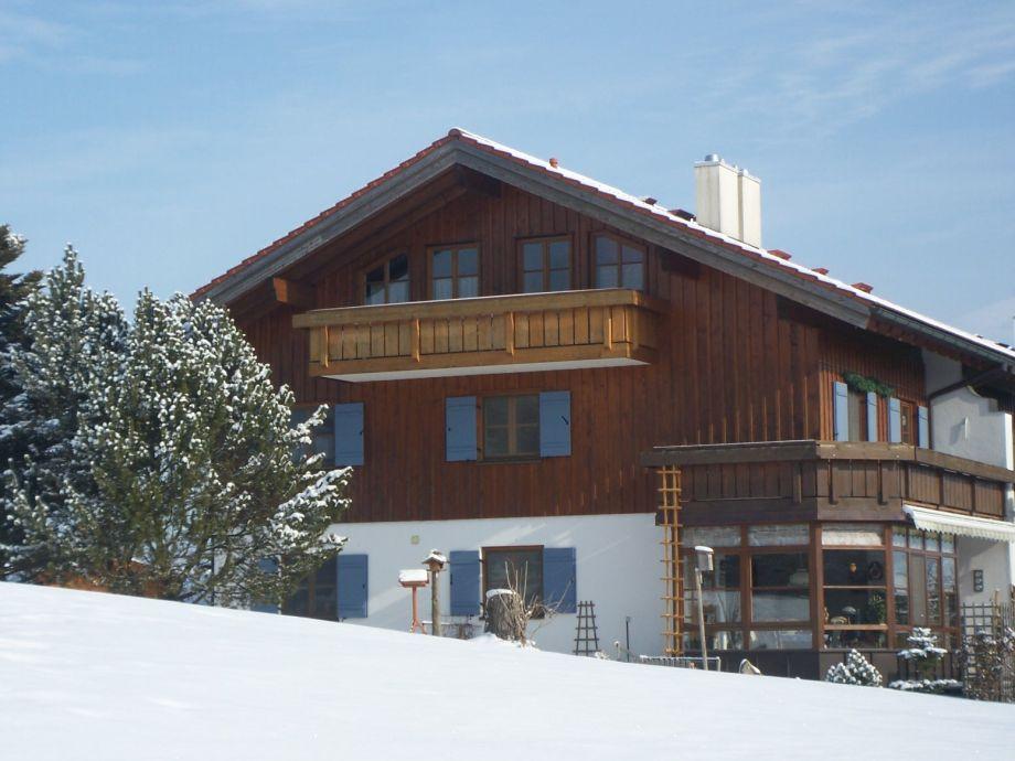 Haus Am Sonnenbergle mit Ferienwohnung Aquamarin