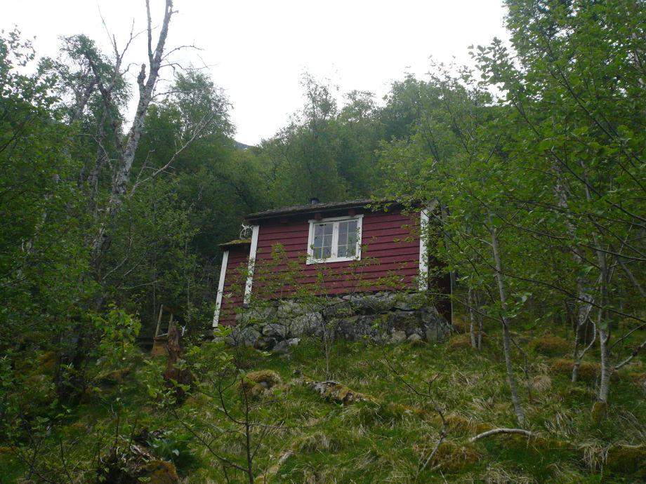 Außenaufnahme / Blockhaus am Fjord