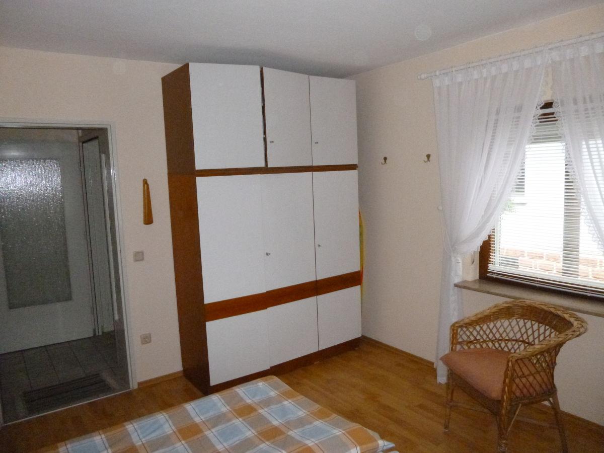 ferienwohnung arnold elmstein frau gertrud arnold. Black Bedroom Furniture Sets. Home Design Ideas