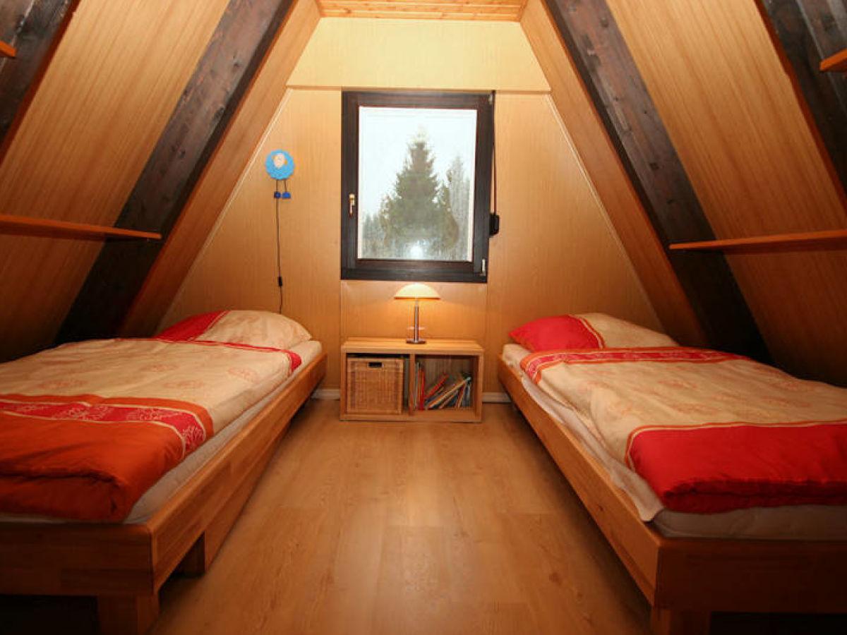 ferienhaus raus ins eifelhaus eifel vulkaneifel obere kyll kerschenbach herr stefan juretzki. Black Bedroom Furniture Sets. Home Design Ideas