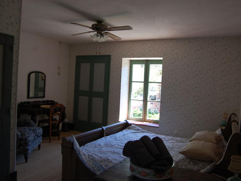 bed breakfast chambres d 39 hotes a l 39 etang d 39 yonne. Black Bedroom Furniture Sets. Home Design Ideas