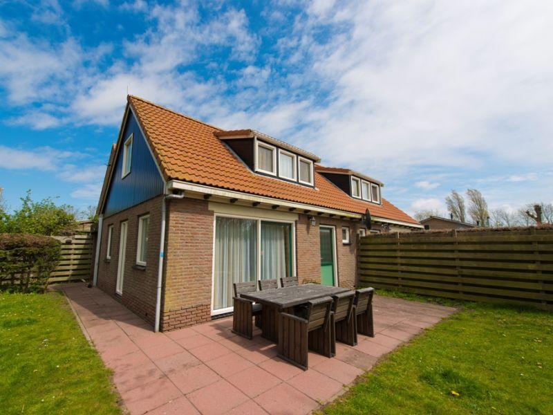 Bungalow on island of Texel