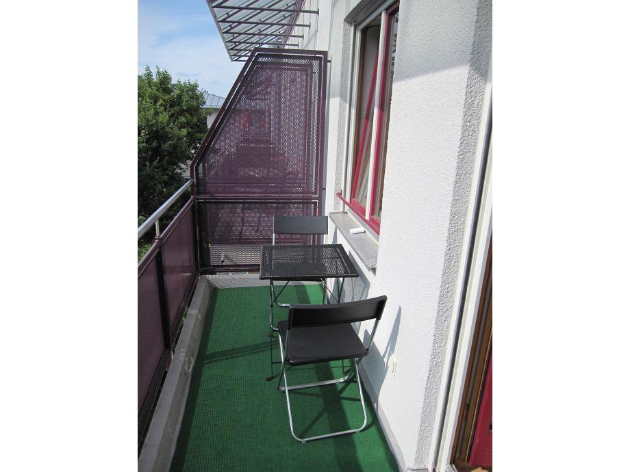 ferienwohnung augsburg haunstetten augsburg herr peter. Black Bedroom Furniture Sets. Home Design Ideas