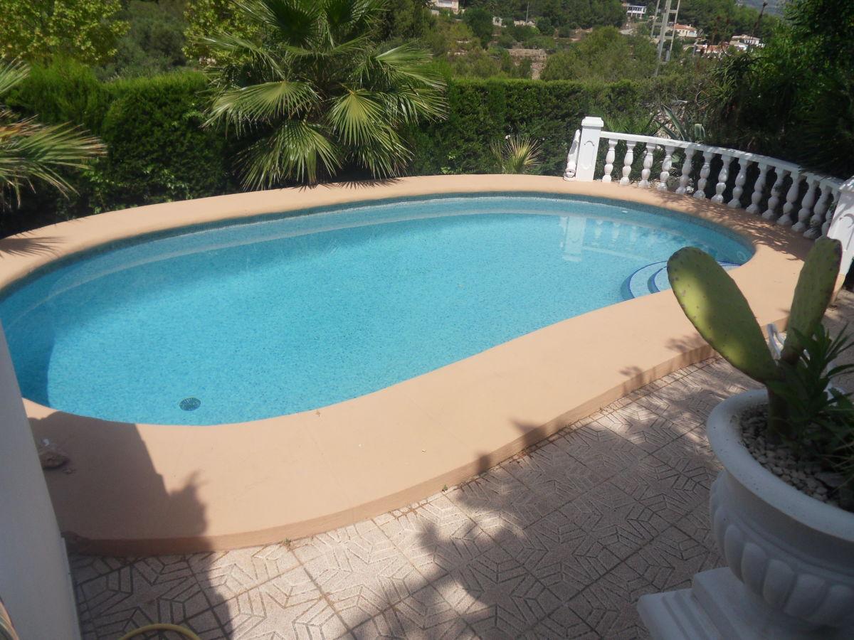 bungalow la romantica mit pool und tropischem garten mittelmeer costa blanca herr dieter. Black Bedroom Furniture Sets. Home Design Ideas