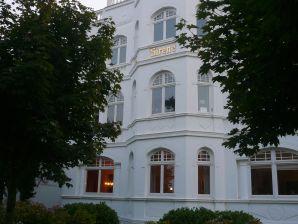 Ferienwohnung Rossini - Villa Sirene