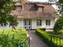 """Luxus-Ferienhaus """"Ostseekate"""" an der Ostsee"""