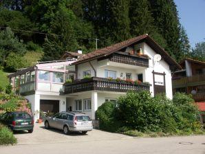 Ferienwohnung im Erdgeschoss im Ferienhaus Allgäu