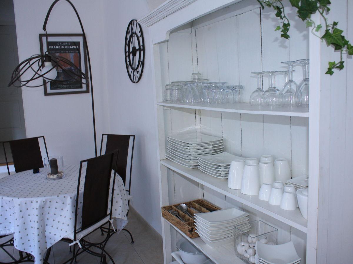 ferienwohnung villa carasol sainte maxime herr jean claude. Black Bedroom Furniture Sets. Home Design Ideas